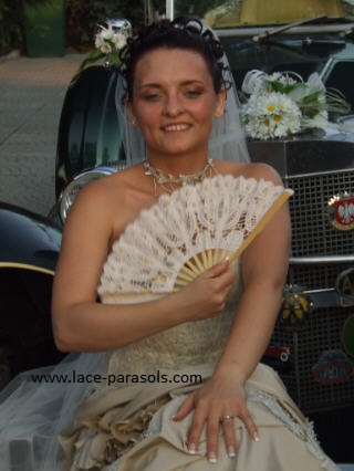 Wedding lace fan